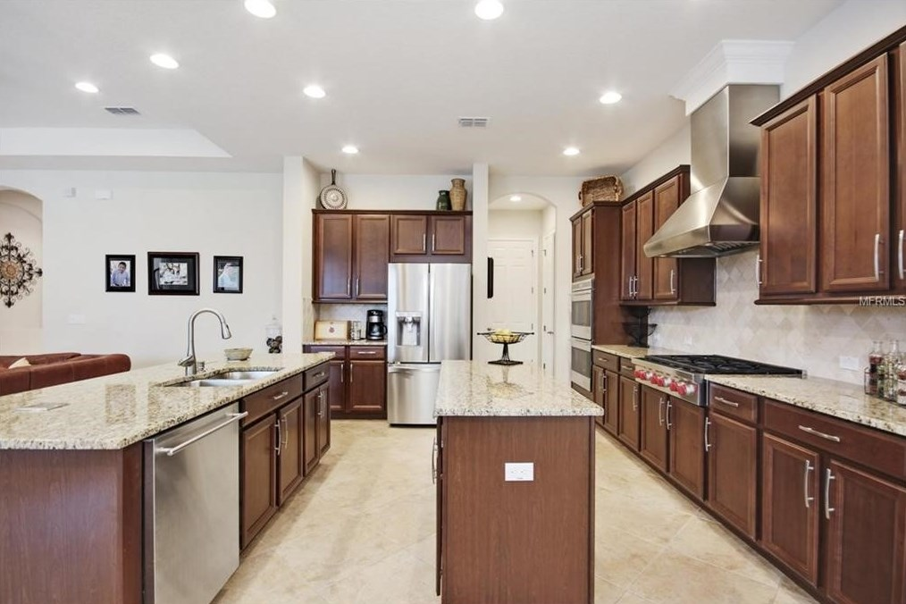 cabinet kingdom best deals on kitchen cabinets in austin tx maple solid wood kitchen cabinets best deal guaranteed